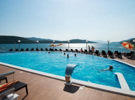 Hotel Sunce, hotel in Neum