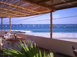 El Merlin - Cabo Blanco, hotel in Cabo Blanco