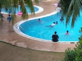 Rose Condo@ Cocobay Beach Resort, apartment in Port Dickson