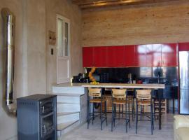 Manos house, accessible hotel in Agia Pelagia