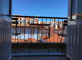 Charming Spacious House - In The Heart Of The City, hotel in Viana do Castelo