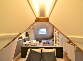 Casa Zurenborg, hotel near Station Antwerpen-Berchem, Antwerp