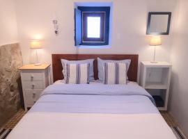 Casa Azul, hotel near Aljezur Castle, Aljezur