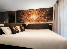 Heeton Concept Hotel – Luma Hammersmith, hotel near Preston Road Tube Station, London