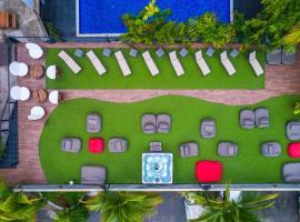 Riande Urban Hotel, hotel en Panamá