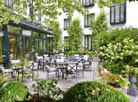 Hotel München Palace, hotel near English Garden, Munich