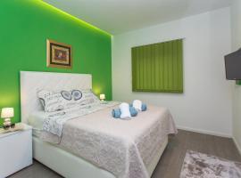 Apartments Makarska Beach, hotel with jacuzzis in Makarska