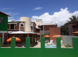 Pousada Ilha Mar, hotel with pools in Barra de Santo Antônio