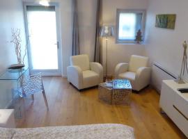 La Halte, vacation rental in Jeuxey