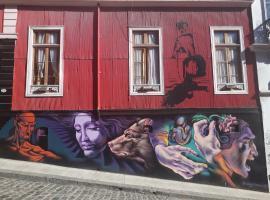 Maki Suites ex Hotel Da Vinci, hotel en Valparaíso