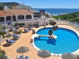 Apartamentos Salema Praia Club, hotel en Salema