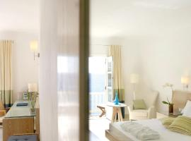 Petasos Beach Resort & Spa - Small Luxury Hotels of the World, hotel in Platis Yialos Mykonos