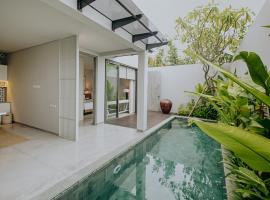 Casamaya Villa, luxury hotel in Legian
