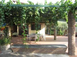 Cottage in the green, hotel a Misterbianco