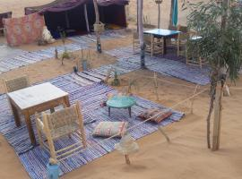 Restaurant Camp Saharatime, luxury tent in Hassilabied