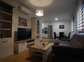 Apartamento con garaje, El barco, pet-friendly hotel in Toledo