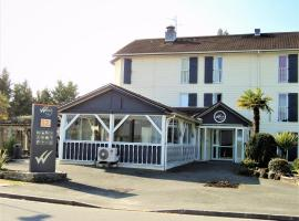 Hotel Wood Inn Bordeaux Aéroport, hotel in Mérignac