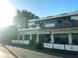 O'Sullivans Bar and Hotel, hotel in Mandelieu-la-Napoule