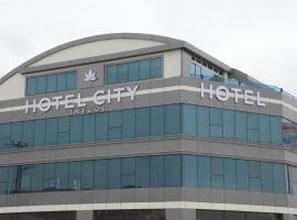 Hotel City İnegöl، فندق في إنِيغول