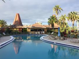 Holiday Hotel, hotel in Holiday