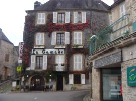 Logis La Gamade、Donzenacのホテル