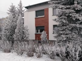 Apartament Legnicka 1, self catering accommodation in Września
