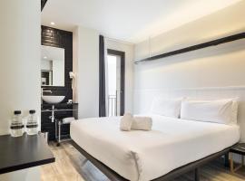 Acta BCN 40, hotel near Passeig de Gracia Metro Station, Barcelona
