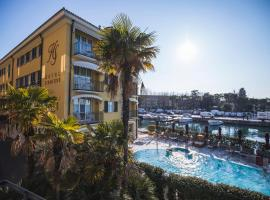 Hotel Sirmione, property with onsen in Sirmione