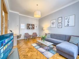 Spacious And Bright Apartment Dusni 13, luxury hotel in Prague