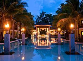 Sea Temple Port Douglas Luxury Apartments, resort in Port Douglas