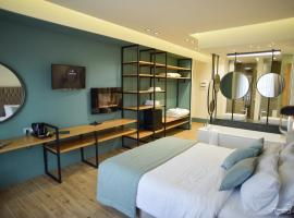 Thalassa Apart Hotel, hotel near Strikers Bowiling Center, Alexandroupoli