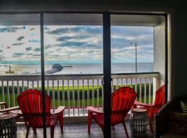 Book now - Beach Open! #201 - Pier Paradise, vacation rental in Galveston