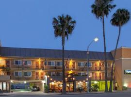 Travelodge by Wyndham Culver City, hotel near Venice Beach Boardwalk, Los Angeles