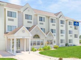 Microtel Inn & Suites by Wyndham Green Bay, hotel in Green Bay