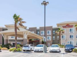 Hawthorn Suites, hotel with pools in Victorville