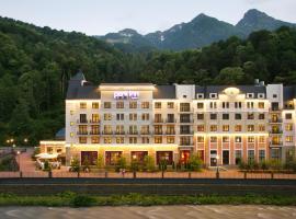 Park Inn by Radisson Rosa Khutor, ski resort in Estosadok