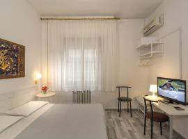 Hotel Cecile, hotel near San Rossore Train Station, Pisa