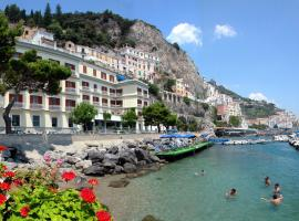 Hotel La Bussola, hotel in Amalfi