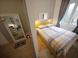 Perlini Apartment, three-star hotel in Zadar