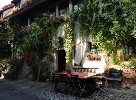 Altfraenkische Weinstube, boutique hotel in Rothenburg ob der Tauber