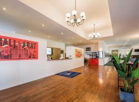 Mercure Ballarat Hotel & Convention Centre, hotel in Ballarat