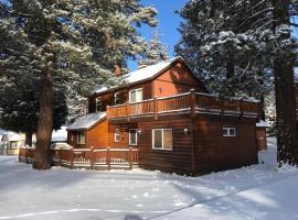Angel Bear Cabin, villa in Big Bear Lake