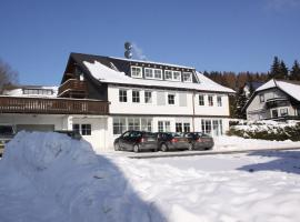 Kristall Apartments, hotel near Panorama Osthang Chairlift, Winterberg
