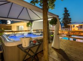Villa Bila Vila Split - Where Life Meets Luxury & Nature, holiday home in Split