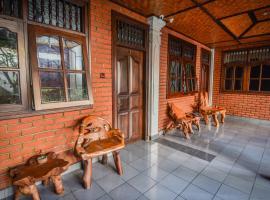 Puri Agung Homestay, hotel near Hard Rock Cafe, Kuta