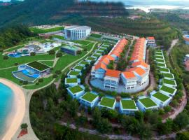 HARRIS Resort Barelang Batam, hotel near Barelang Bridge, Sagulung