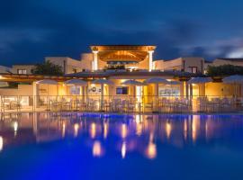 Grande Baia Resort & Spa, hotel with jacuzzis in San Teodoro