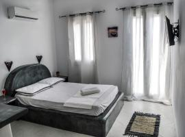 Santo Margarita, accommodation in Oia