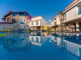 Nayino Resort Hotel, hotel near Mihail Kogălniceanu International Airport - CND, Mamaia Sat/Năvodari