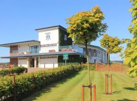Ingliston Country Club Hotel, hotel near Princes Square, Bishopton